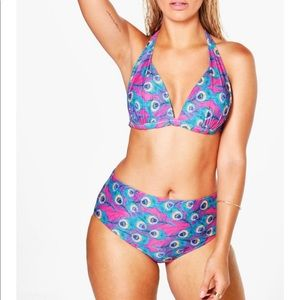 NWT Boohoo Plus Amanda Peacock Print Bikini